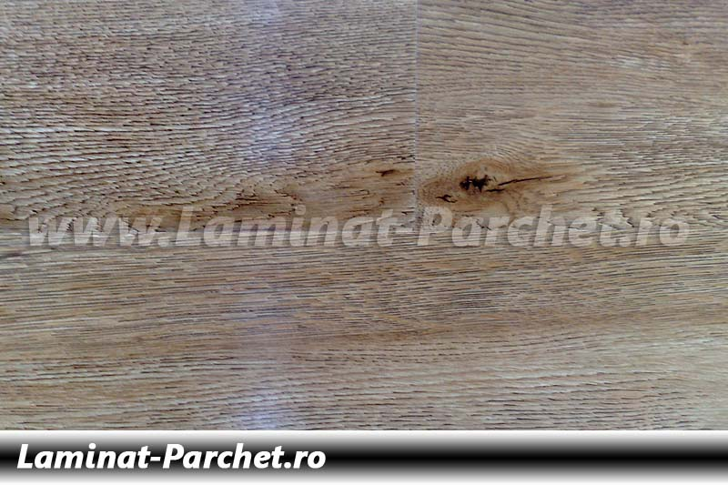 Parchet laminat 12mm Stejar Deschis E1715