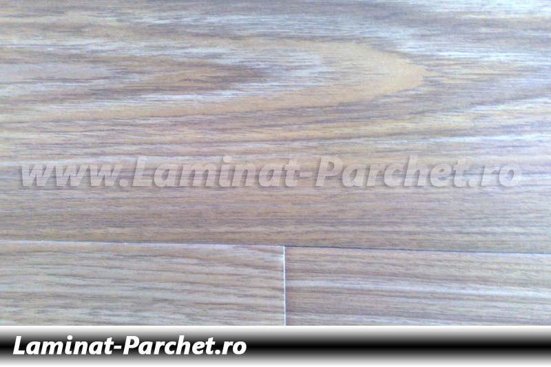 Parchet laminat 12mm Stejar Deschis SN632