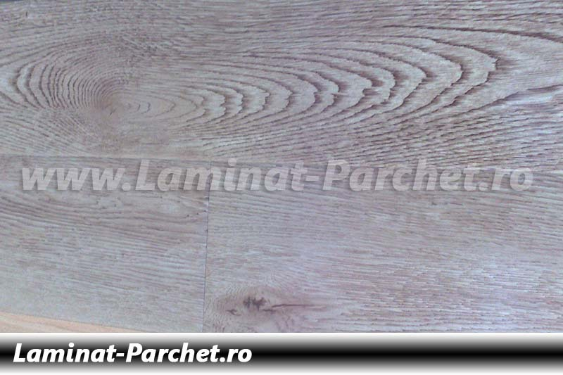 Parchet laminat 12mm Stejar Indonezia E1713