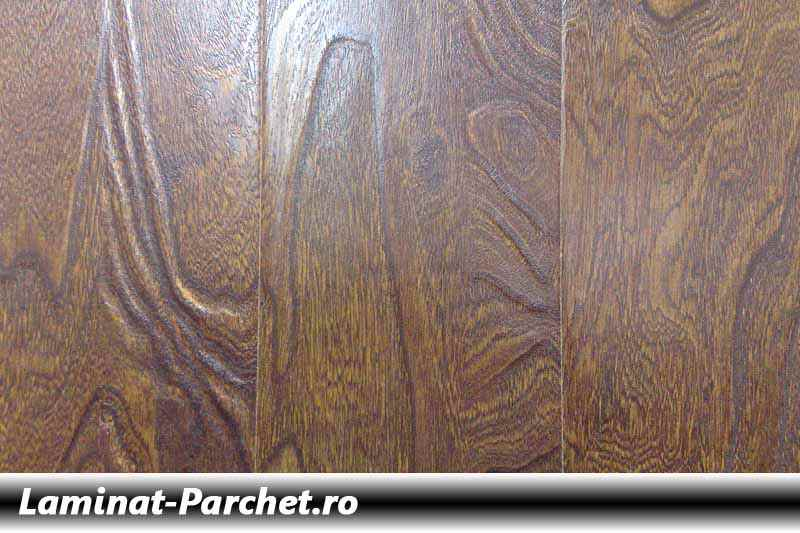 Parchet laminat Structurat Wenghe 12mm 655