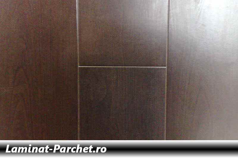 Parchet laminat Wenge 12mm 578